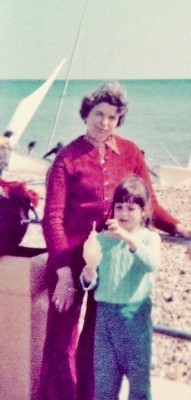 Ally as a little girl with her mum